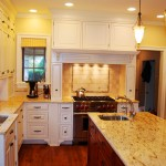 Traditional Kitchen Countertop Design